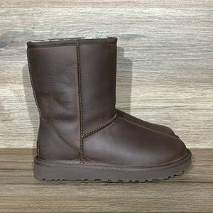 UGG Classic Short Chestnut Leather Boot